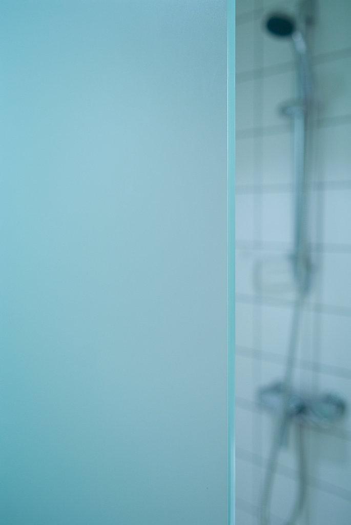 GlassWall1.jpg